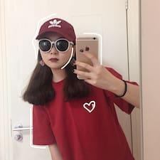 周怡 felhasználói profilja