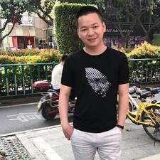 伟达 felhasználói profilja
