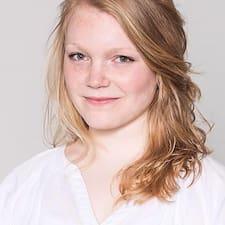 Carlotta Brugerprofil