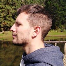 Julián David User Profile