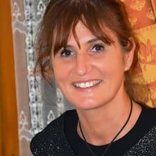 Anne-Isabelle User Profile