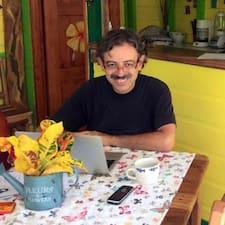 Alfredo est un Superhost.