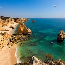 Algarve Coast je superhostitelem.