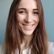 Léna felhasználói profilja