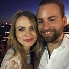 Dan & Anna User Profile