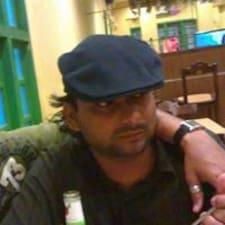 Simant felhasználói profilja