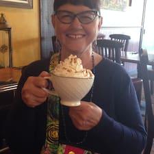 Betty-Lou felhasználói profilja