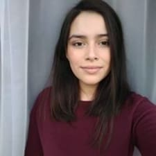 Daniela Paz User Profile