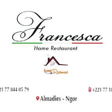 Francesca é um superhost.