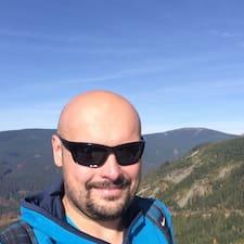 Krzysztof felhasználói profilja