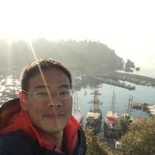 Chong How felhasználói profilja