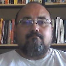 Profilo utente di Tyrone Apollo