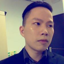 冠辰 User Profile