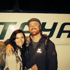 Hồ sơ người dùng Chris & Ashley