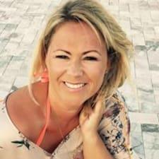 Anne-Cathrine User Profile
