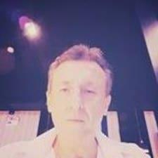 Jeannot felhasználói profilja