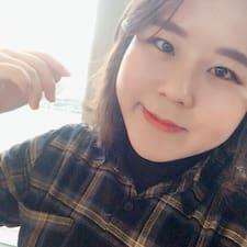 Youngseo felhasználói profilja