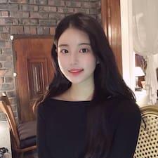 โพรไฟล์ผู้ใช้ Soyeong