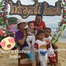 โพรไฟล์ผู้ใช้ Dewi