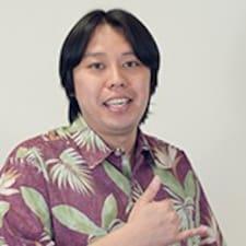 Notandalýsing Hideaki