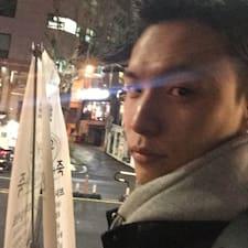 Yeonjoon felhasználói profilja