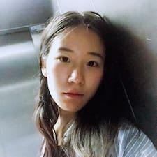 Nutzerprofil von Yijia