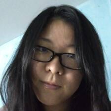 Yiyi的用戶個人資料