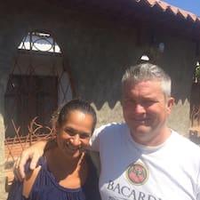Gary & Rosanna est un Superhost.