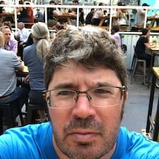 Profilo utente di Pierre-Mathieu