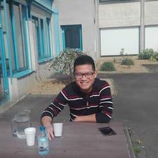 โพรไฟล์ผู้ใช้ Manh Linh