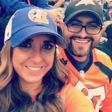 โพรไฟล์ผู้ใช้ Janette & Juan