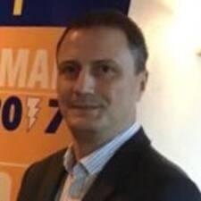 Pedro Hamilton felhasználói profilja