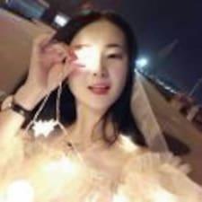 莉莉 User Profile