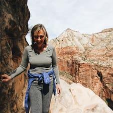 Lynne's profile photo