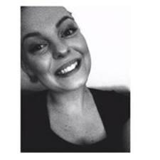Profil Pengguna Petronella