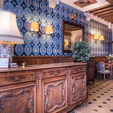 Profil Pengguna Hôtel Du Lys
