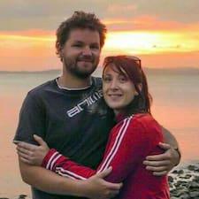 Mike & Celine Kullanıcı Profili