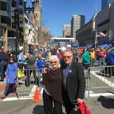 Kathleen  & Mike on supermajoittaja.