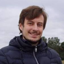 Максим Brukerprofil