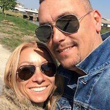 Mónika & Balázs felhasználói profilja