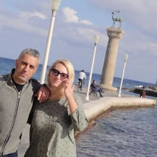 Lefteris-and-Mary0