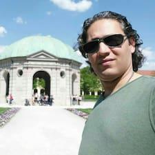 Behnam felhasználói profilja