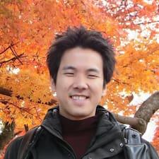 Teerasej felhasználói profilja