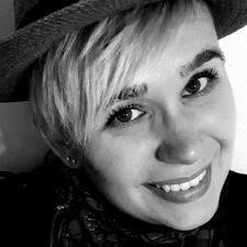 Christina Erika - Profil Użytkownika