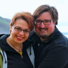 Profil Pengguna Nora & Eric