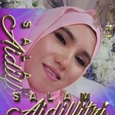 Shariffah felhasználói profilja
