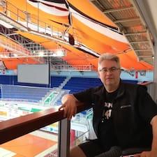 Gyula felhasználói profilja