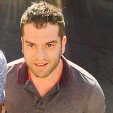 Marco, Francesco E Dona is a superhost.