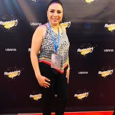 Maria Monserrat is a superhost.