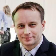 Tomas felhasználói profilja